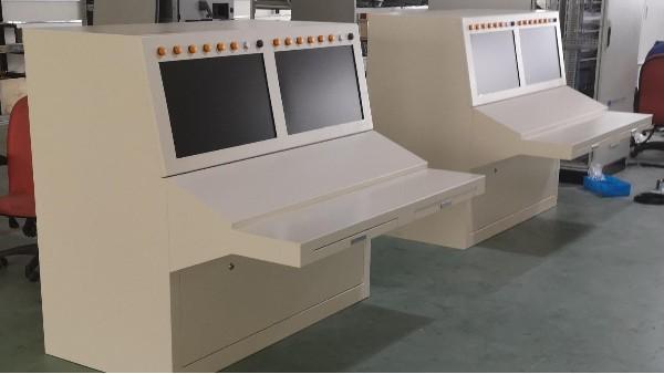 【雷恒控制】试验快堆监控操作台